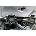 現在市販車に採用されているインテリアを、EVモデルとしてさらに進化させたシンプルなデザインを採用。