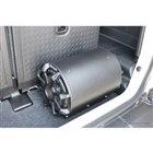ショップデモカーのラゲッジには低音を底上げするチューンナップウーファーを搭載。