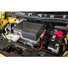 電流量アップとインバーターの強化により、駆動用モーターは最高出力215ps、最大トルク340N...