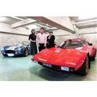 「the STR」と、右から自動車ライターの武田公実氏、UKクラシックファクトリーの勝見祐幸代...