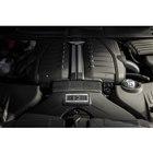 「ベントレー・ベンテイガ スピード」が搭載するW12エンジンは、最高出力を608psから635...