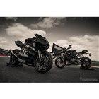トライアンフ Moto2プロトタイプ/ストリートトリプルRS