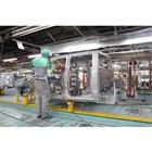 ロスリン工場における車両生産の様子。