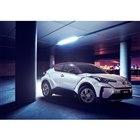 「IZOA」の電気自動車。
