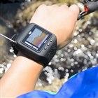 スマートウォッチタイプの魚群探知機「ぎょぎょウォッチ!」発売、最大通信は70m
