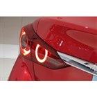 北米版の「インフィニティQ50」では、最新の2019年モデルにおいても引き続き従来同様のリアコ...