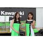 【鈴鹿8耐】DJが盛り上げる、オシャレでハイセンスなカワサキブース…KAZE会員は会員証を