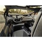 オンロードではレベル4の自動運転を実現するが、オフロードではドライバーが運転を行うため、ステア...