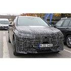 BMW iNEXT 市販型(iX5)開発車両 スクープ写真