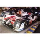 こちらはルマン24時間で優勝した「TS050ハイブリッド」。本物の優勝トロフィーとともに展示された。
