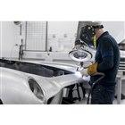 英国バッキンガムシャーのニューポートパグネルにあるアストンマーティンのヘリテージ部門で生産される。
