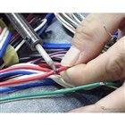 分割されたハーネスはハンダで留めて、収縮チューブを被せて固定。