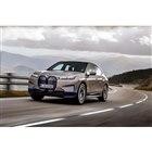 BMWが新型電気自動車「iX」の概要を発表 日本市場にも導入を予定