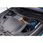 アウディが「e-tron」を日本で発売 316kmの距離を走れるSUVタイプの新型EV