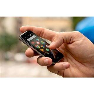 """手のひらサイズの3.3型「Palm Phone」が国内発売、""""Graffiti""""を一部踏襲した機能も"""