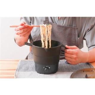 """""""インスタント麺にピッタリ""""な、おひとりさま用の卓上サイズ「折りたたみラーメン鍋」"""