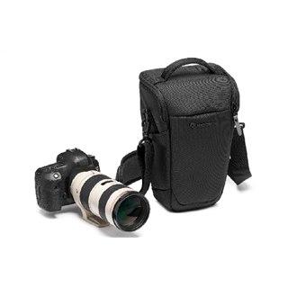 マンフロット、小型三脚の携行も可能なカメラバッグ「ホルスター III」など