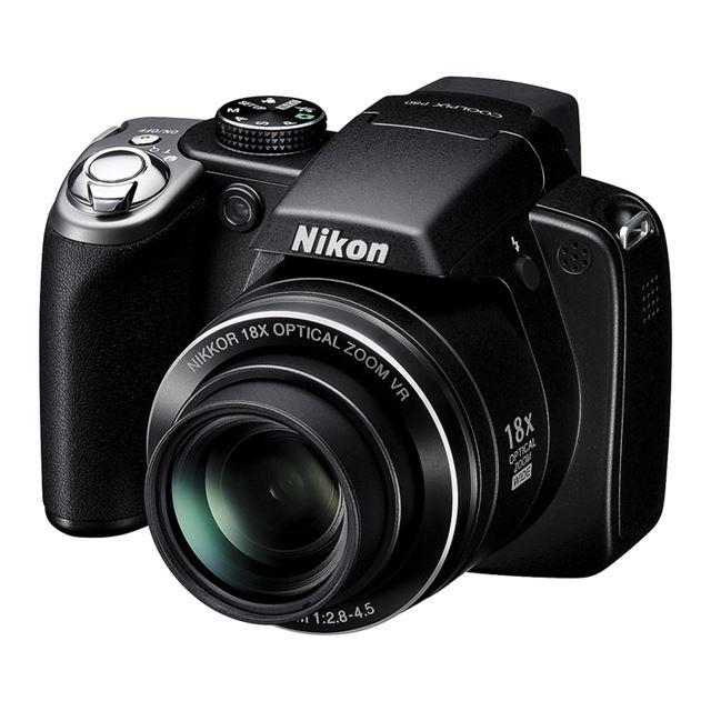 [COOLPIX P80] スポーツ連写モード/光学18倍ズーム搭載のコンパクトデジタルカメラ(1010万画素)。価格はオープン