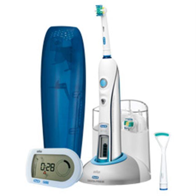 [オーラルB デンタプライド スマートガイド D305364X] リモートナビシステム「スマートガイド」で磨きグセを改善できる電動歯ブラシ。価格はオープン