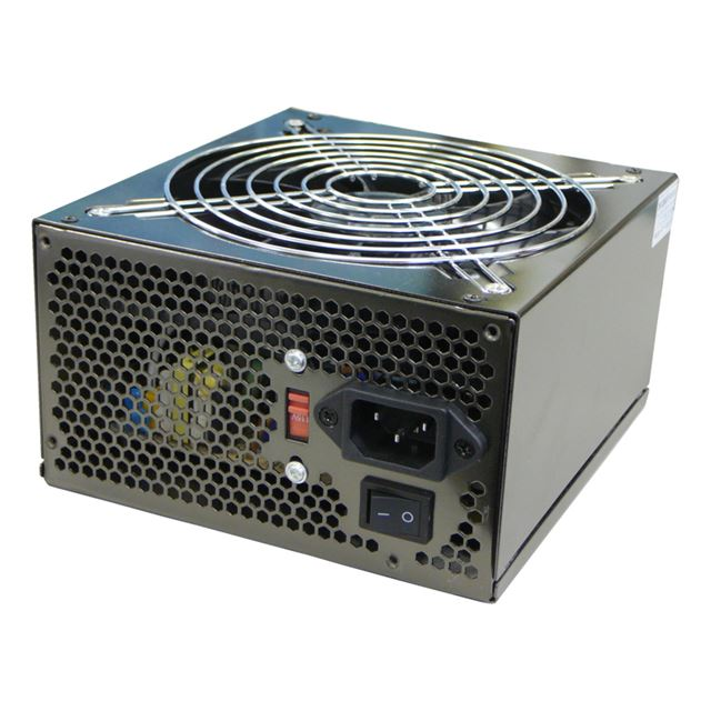 [AP-550GX] PCI-Express 6+2pinを2系統搭載したATX12V Ver2.2対応電源ユニット(550W)。市場想定価格は5,980円