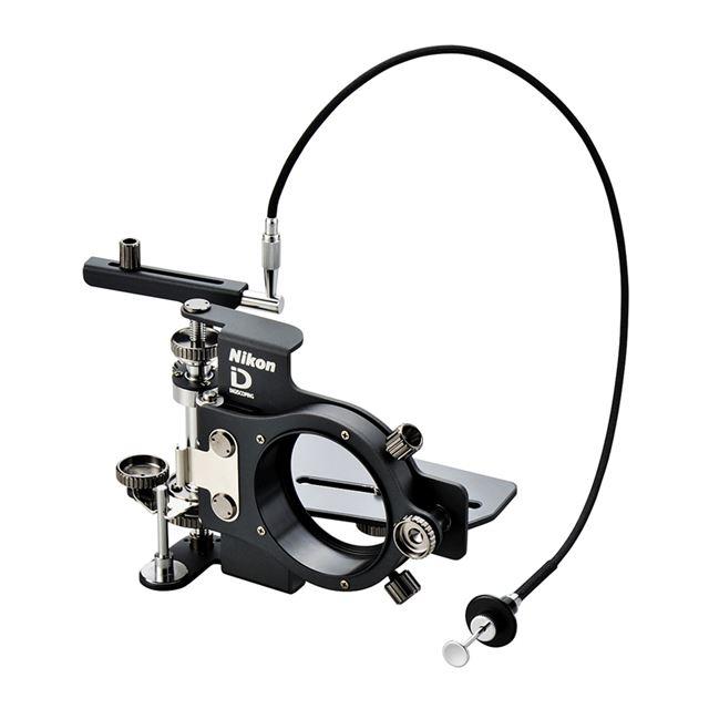 [コンパクトデジタルカメラブラケット FSB-U1] フィールドスコープやネイチャースコープにデジタルカメラ「COOLPIX」シリーズを装着できる準汎用型ブラケット。価格はは27,300円(税込)