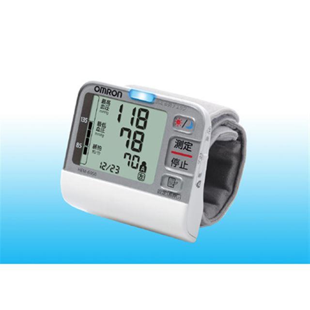 [HEM-6050] 測定姿勢チェックランプ/体動おしらせ機能/早朝高血圧マークを備えた手首式デジタル自動血圧計。価格はオープン