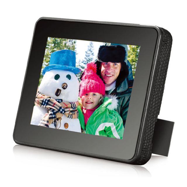 [DF301A1] SD/MMC/USBフラッシュメモリーに対応した3.5型液晶搭載デジタルフォトフレーム。市場想定価格は5,700円前後
