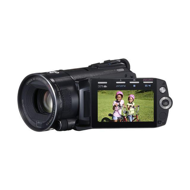 "[iVIS HFS11] 64GBメモリー/手ブレ補正""ダイナミックモード""/再生時ビデオスナップ/光学10倍ズームレンズなどを備えたデジタルハイビジョンビデオカメラ(動画有効画素数601万画素)。価格はオープン"