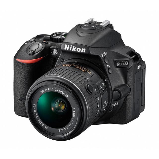 ニコンデジタル一眼レフカメラ「D5500」 AF-S DX NIKKOR 18-55mm f/3.5-5.6G VR II装着時