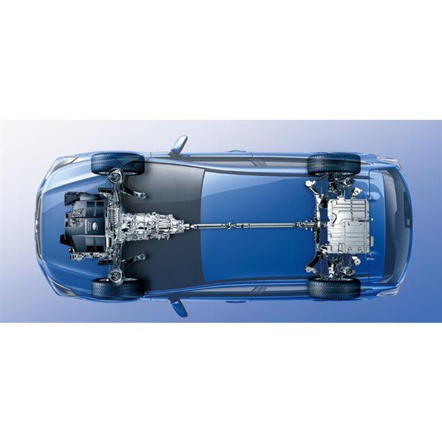 パワーユニットおよびドライブトレインの透視図。走行用バッテリーやインバーター、DCコンバーターをラゲッジルームのフロア下に搭載するため、荷室容量はガソリン車の380リッターから344リッターに減じている
