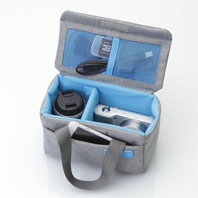 可動式の仕切り板や各種ポケットを装備