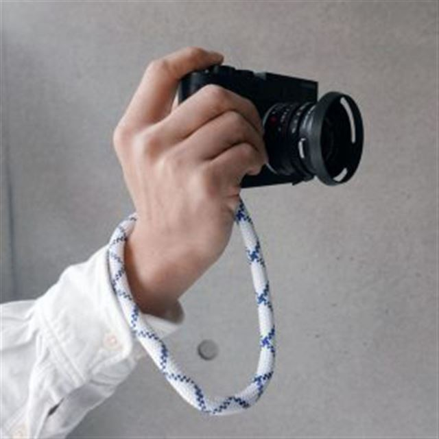EXTENDED YOSEMITE HAND STRAP
