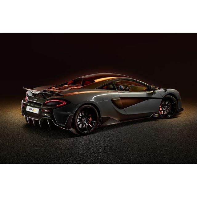 マクラーレン、英国で新型車「600LT」を世界初公開