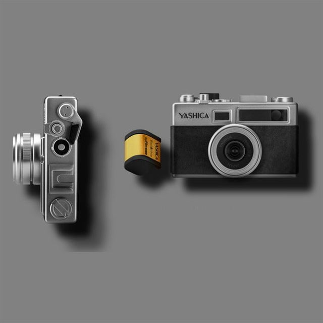 「YASHICA digiFilm camera Y35」