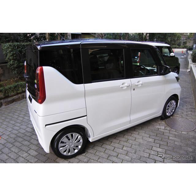 三菱自動車 eKスペース