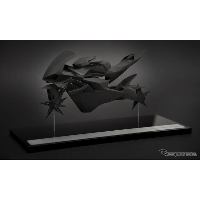 ドゥカティ・スーパーレッジェーラ V4の顧客に贈られる未来的なエアロダイナミクス形状をモデリングした10分の1スケールモデル