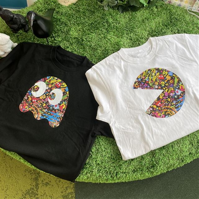 PAC-MAN Special Art by Sebastian Masuda 公式Tシャツ (ブラック/ホワイト)