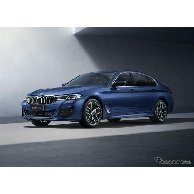 BMW 5シリーズ・セダン 改良新型のロングホイールベースのPHV