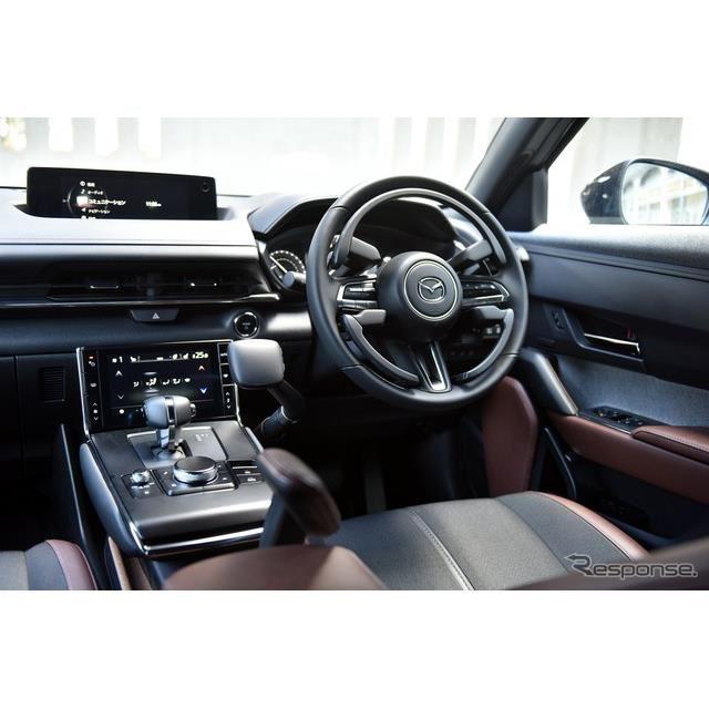 マツダ MX-30 EV 自立支援車両(「Self-empowerment Driving Vehicle」)