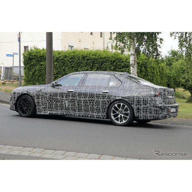 BMW 7シリーズ 次期型プロトタイプ(スクープ写真)
