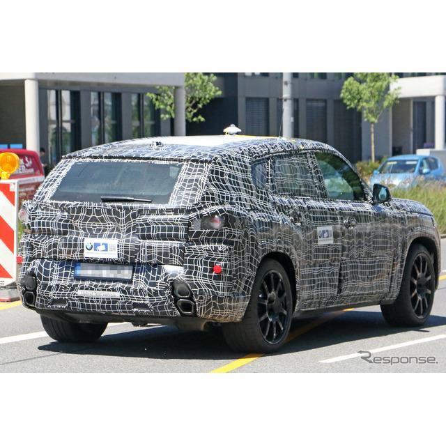 BMWの新型クーペSUVのプロトタイプ。車名は「X8」か「XM」か(スクープ写真)