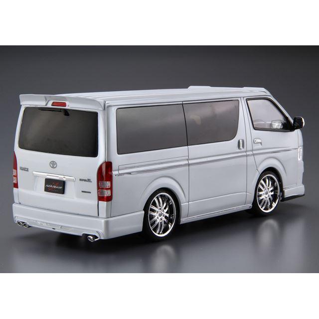 1/24 シルクブレイズ TRH200Vハイエース VerIII '10(トヨタ)