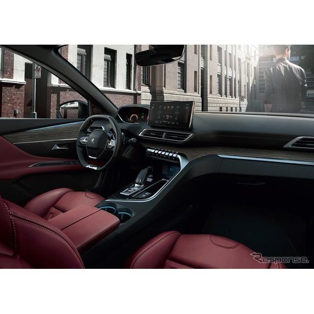 プジョー 3008 GT レッドナッパ