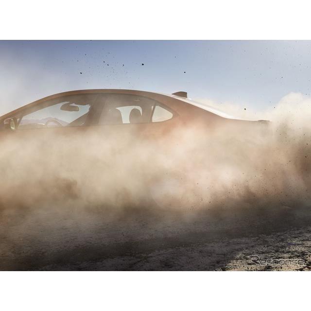 スバル WRX 新型のティザー写真