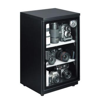 [E-ドライボックスHA-105] 電子制御のダイヤル設定自動調整式を採用した防湿庫(106L)。価格は55,650円(税込)