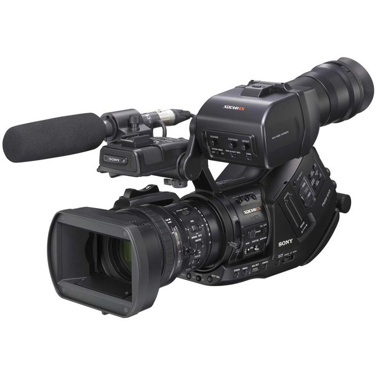 [PMW-EX3] レンズ交換に対応したXDCAM EXカムコーダー。価格は102万9,000円(税込)