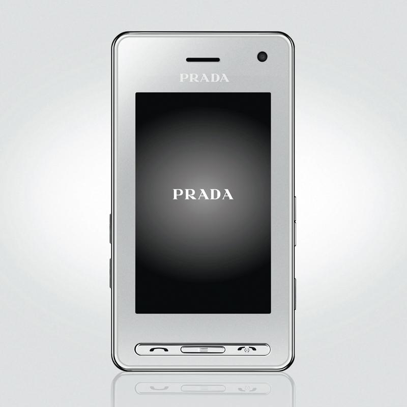 [PRADA Phone by LG] フルタッチスクリーン3型液晶や200万画素カメラを搭載した携帯電話