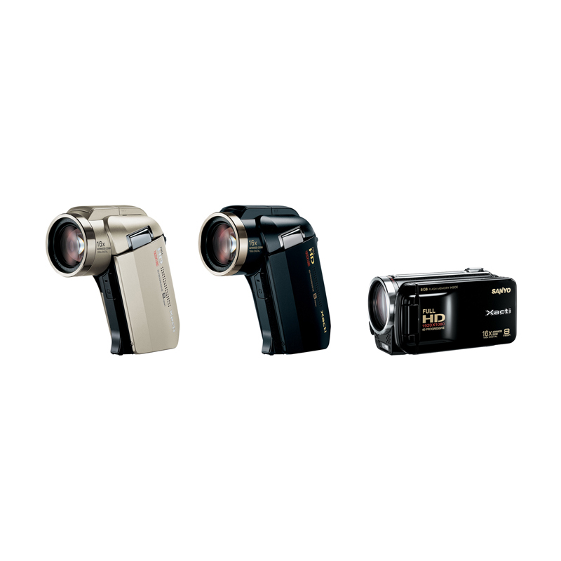 [Xacti DMX-HD2000(左)/Xacti DMX-FH11(右)] プログレッシブ方式の撮影に対応したフルハイビジョンビデオカメラ。市場想定価格は100,000円前後