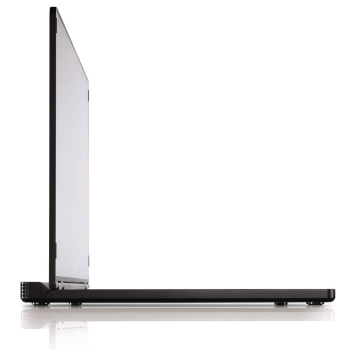 [Adamo] 13.4型液晶を搭載した薄型ノートPC。価格は205,000円〜