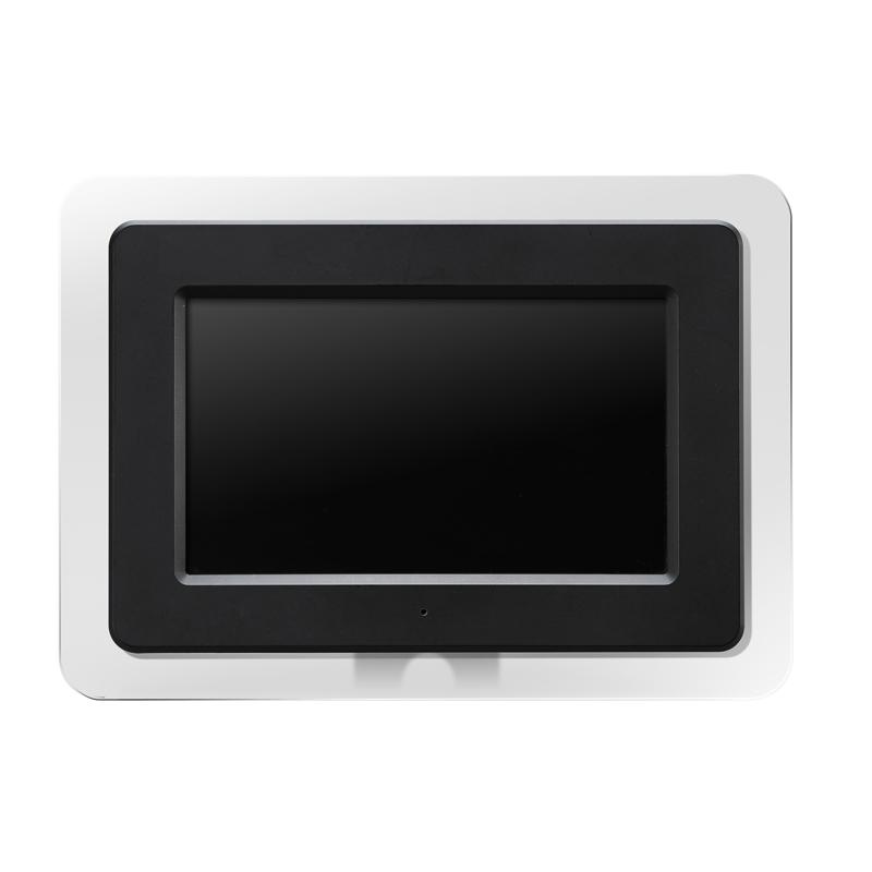 [GHV-DF7C] スタイリッシュなクリアフレームを採用した7V型デジタルフォトフレーム。直販価格は6,980円(税込)